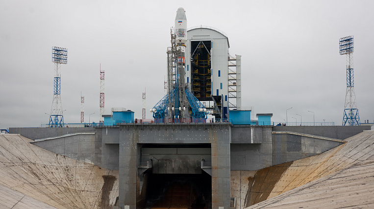 One of the launches from the Vostochny spaceport was postponed for a year