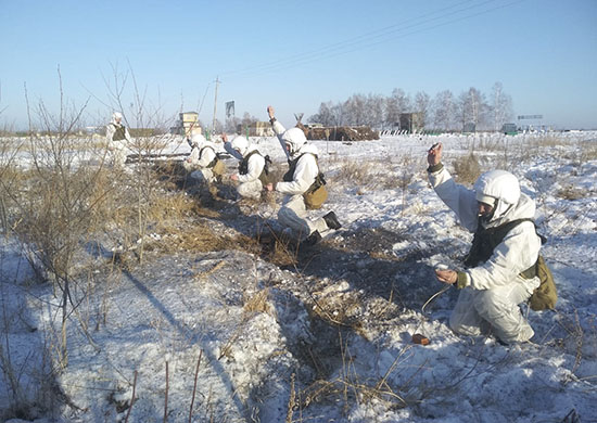 The military began to prepare for floods in the Far East