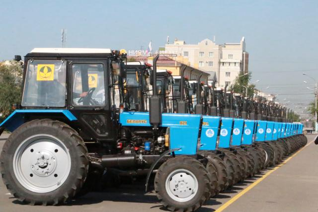 Transbaikal farmers affected in April fires received new tractors