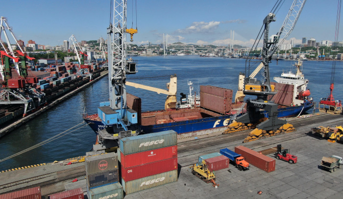 FESCO launches transportation from Vladivostok to Chukotka under the program of northern delivery