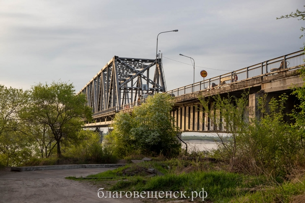 Over 380 million rubles will be spent on reconstruction of the embankment in the Amur region