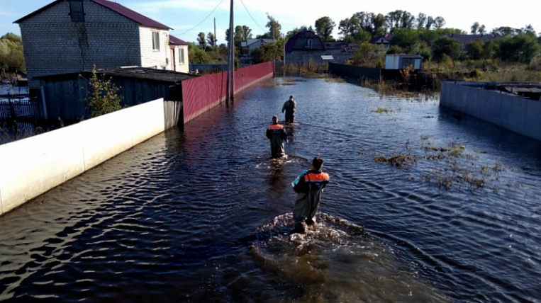Far Eastern Federal District will give 2,5 billion rubles for flood victims