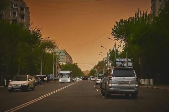 Amur region covered with a sandstorm from China