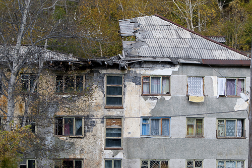 Contractors who have broken the terms of construction of houses in Primorye, can remain without contracts