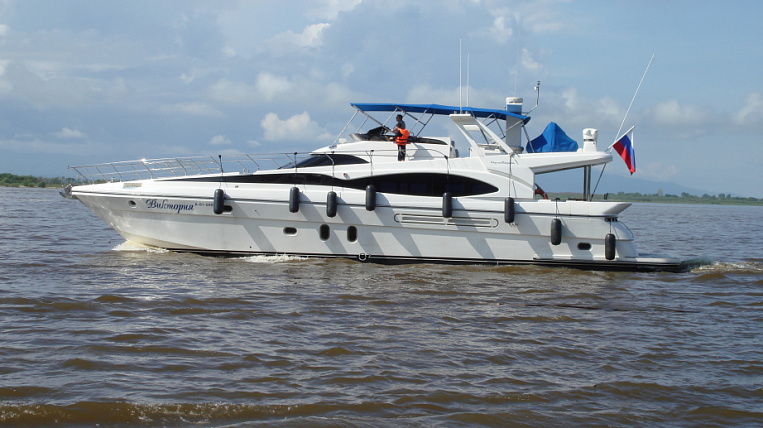 The authorities of the Khabarovsk Territory are ready to get rid of an expensive yacht at half price