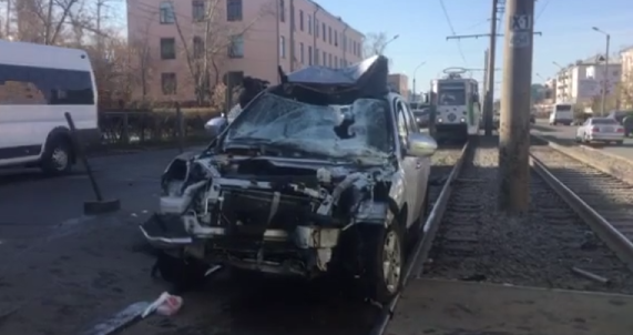 The car flew into people at a stop in Ulan-Ude