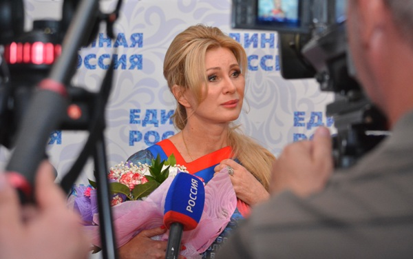 Vika Tsyganova applied for participation in the elections to the Duma