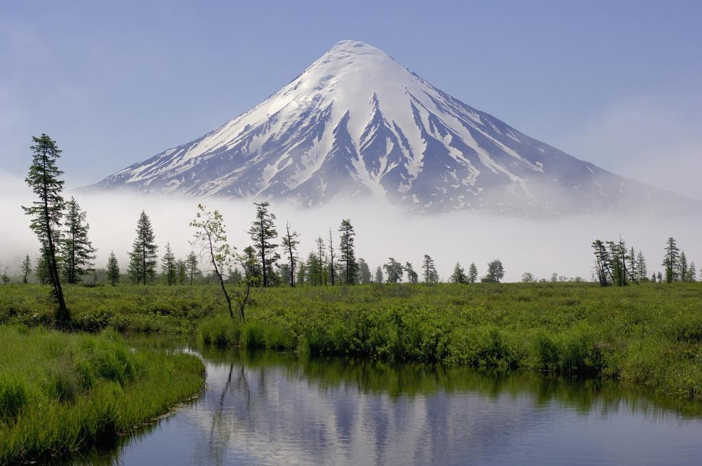 Kronotsky volcano. Igor Shpilenok.JPG