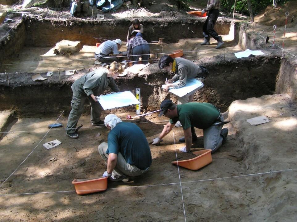Nizhnetambovsko 2005. Fixing material..jpg