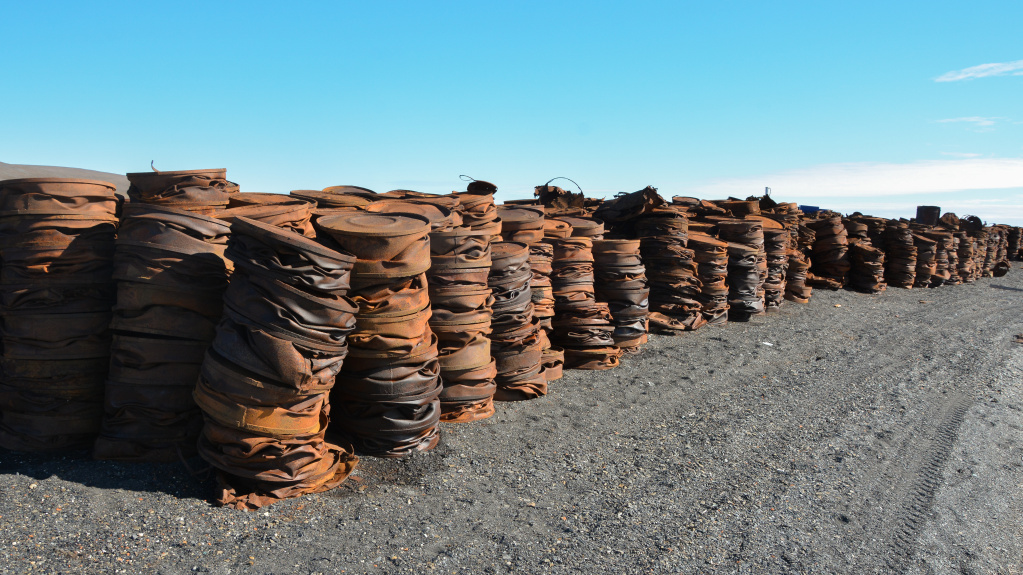 Compressed barrels on Wrangel_Alexander Krasnov.jpg