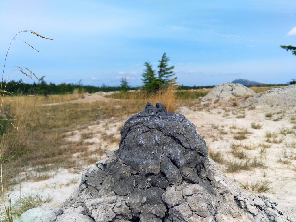 1 Pugachev mud volcano_Foto Valery Ershov.jpg