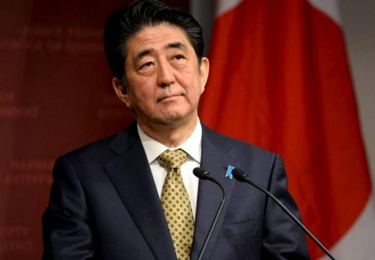 Shinzo Abe enters the turbulence zone