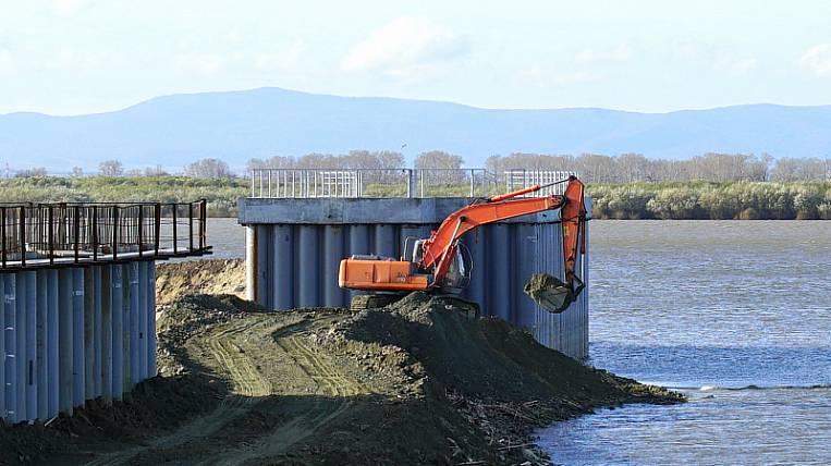Dams began to be dismantled in Khabarovsk
