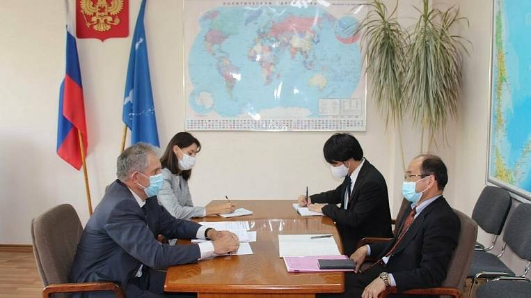 The Russian Foreign Ministry summoned the Consul General of Japan on Sakhalin because of the post of his subordinate