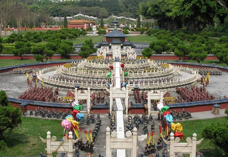 Where to go on a weekend from Guangzhou?