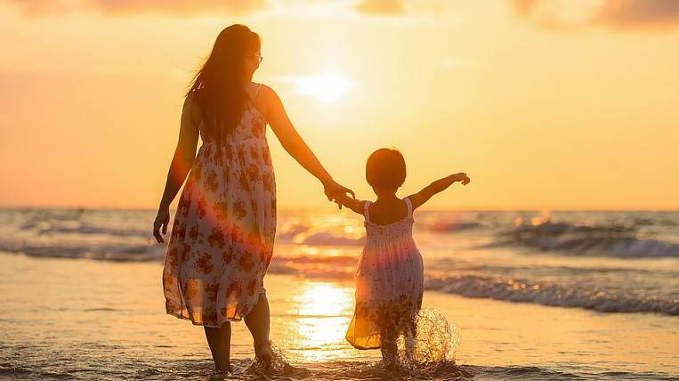 For mothers with many children they want to reduce income tax