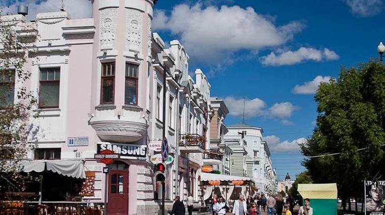 The population of Khabarovsk for 1 year increased by 1%