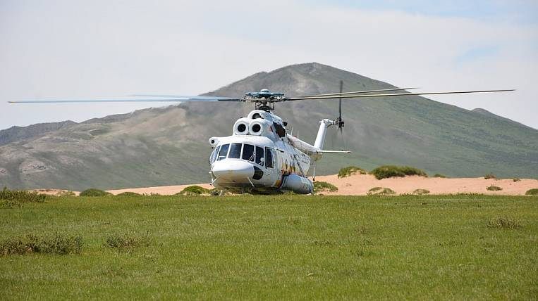 Helicopter with tourists on board made a hard landing in Kamchatka