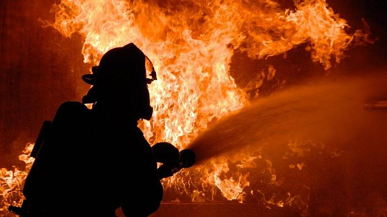 City Hall of Komsomolsk caught fire after reports of mining