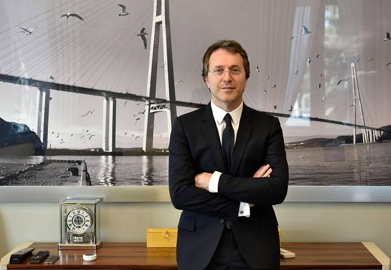 Ruslan Baysarov at the forefront