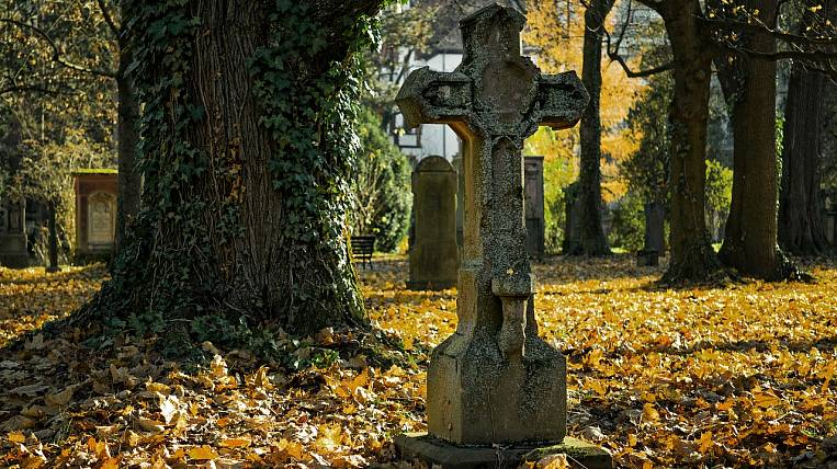 Restricted visits to cemeteries due to coronavirus in Amur region