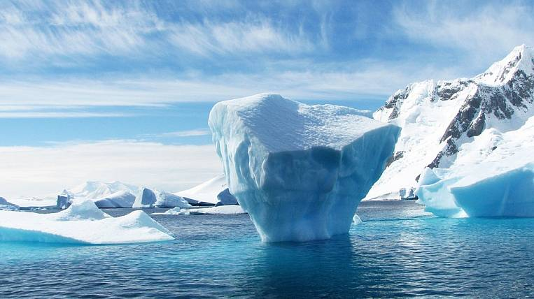 Private companies will allow in the Arctic until 2035 year