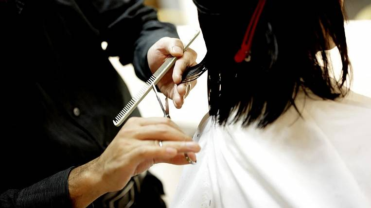 Beauty salons want to allow work in the Khabarovsk Territory