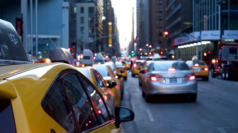 People want to ban convicted of serious crimes from working in a taxi