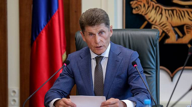 The head of Primorye will transfer his salary to support doctors