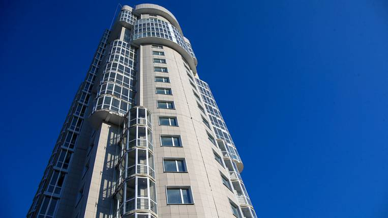 Another unfinished building for equity holders was commissioned in Vladivostok