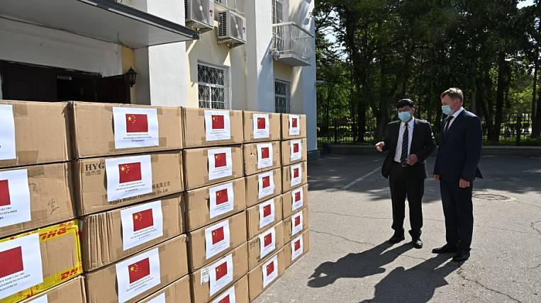 Consulate General of the People's Republic of China transferred a batch of protective masks to the Khabarovsk Territory