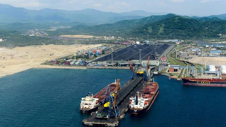 """For 6 months, """"East Port"""" shipped 11,3 million tons of coal products for export"""