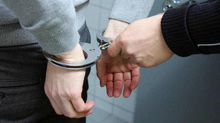 The former head of the Far Eastern Operational Customs has been arrested for taking bribes