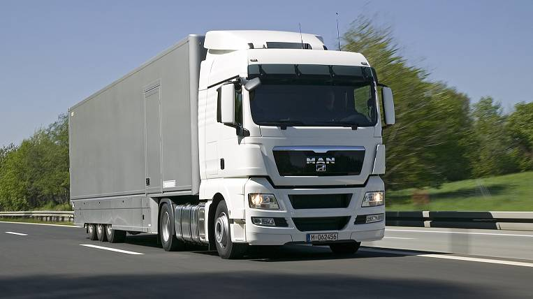 The head of Primorye proposes to delay for a year the collection of charges from heavy trucks