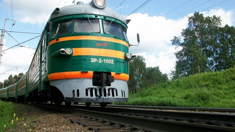 In Khabarovsk Krai for schoolchildren and students, there is an 50-percentage discount for travel in electric trains