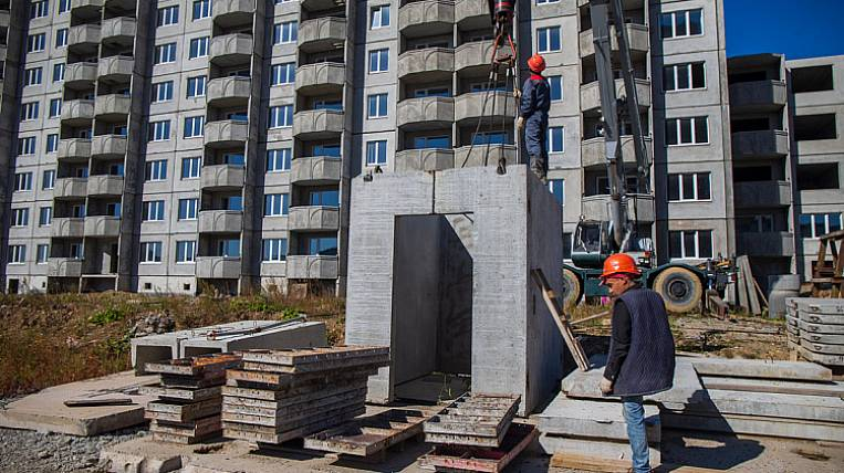 Two long-term construction for interest holders began to finish in Primorye