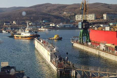 Dobroflot put into operation a new floating dock