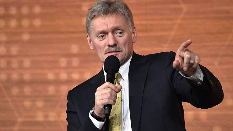 Peskov called the timing of the passage of the critical phase of the coronavirus in Russia