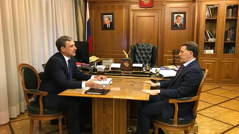 The head of the Amur region asked for federal assistance for bank protection