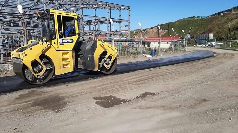 For the first time started to asphalt roads on Shikotan