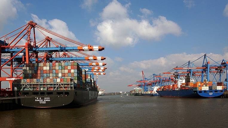 Kommersant: sea container carriers expect record profits