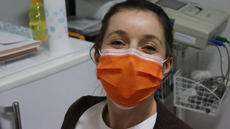 Russian government restricts trade in medical masks