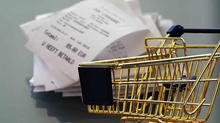 Experts predicted a rise in prices in Russia due to the fall of the ruble