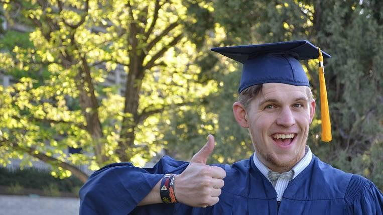 Incomes of Khabarovsk graduates-economists are among the highest.