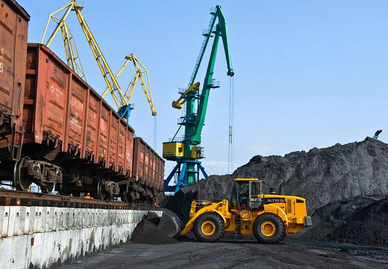 Export dictates approaches to ports