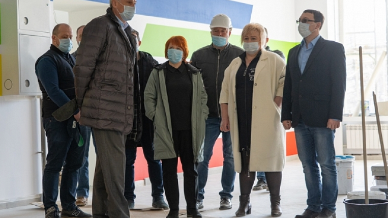The shortage of workers due to coronavirus felt at the construction sites of Kolyma