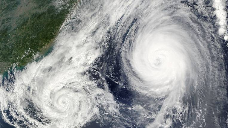 Storm wind and rain forecast in Magadan