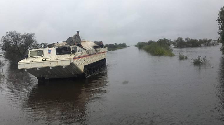 Rescuers liquidated a dam break in the village of Leninsky Jewish Autonomous Region