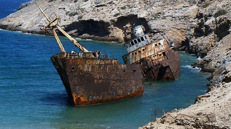 Trutnev instructed to oblige owners to raise sunken ships