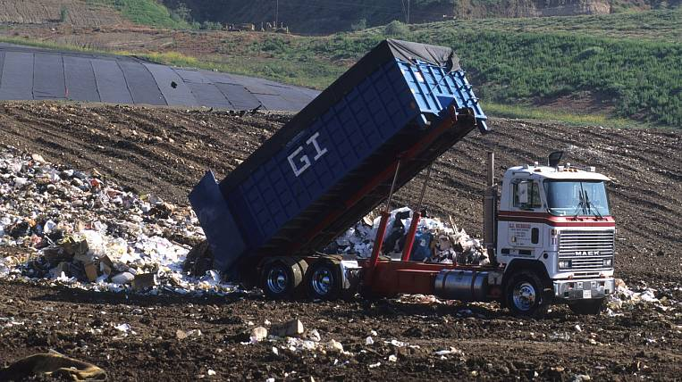 The movement of garbage trucks in Russia will begin to control from 2022